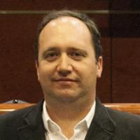 Conferencia de Antonio León