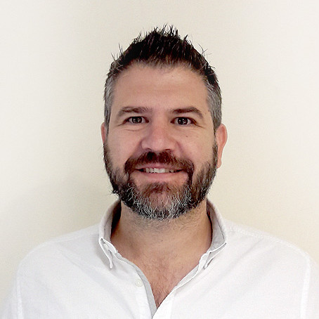 """10:00 – 10:20 Conferencia de Gregorio López """"Revolucionando la logística de última milla: El caso de éxito de MOX"""""""